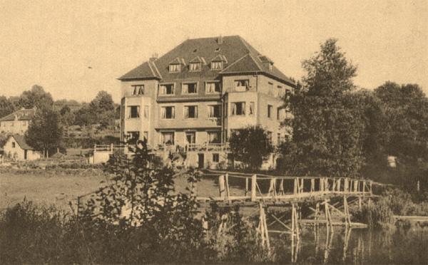 001V_Hotel